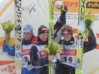 FISW杯ジャンプ札幌大会表彰台写真