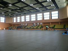 ガラガラの青梅市総合体育館内