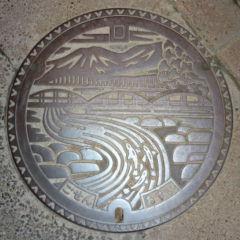デザインマンホール・新潟県五泉市1