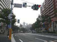 靖国通り・富久町西